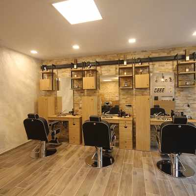 Lenny - Barber Chairs - salon view #2
